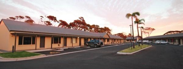 sundowner-hotel motel