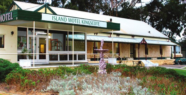 Kingscote accom